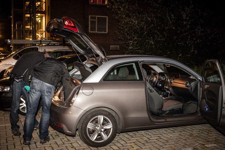 Politie-onderzoek naar terreurverdachten in Arnhem, 27 september dit jaar. Beeld Foto EPA