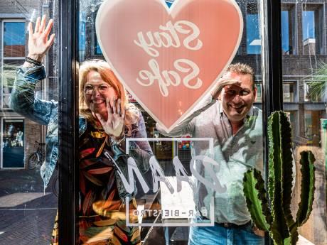 Raymond en Laura hebben GELIJK gereserveerd: op 1 juni zitten zij op het terras van biefstro Daan