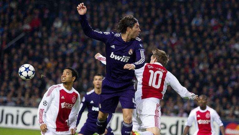 Elf Real-hooligans kregen een boete vanwege het scanderen van antisemitische leuzen voor de Champions League wedstrijd tegen Ajax in de Arena op 23 november. Foto ANP. Beeld