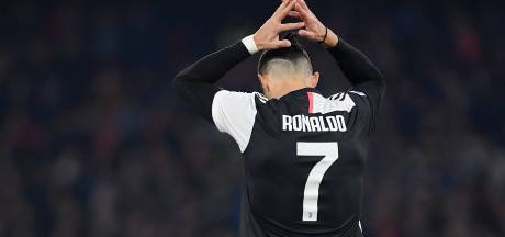LIVE | Cristiano Ronaldo bij de thuiskapper, fraai gebaar F-side