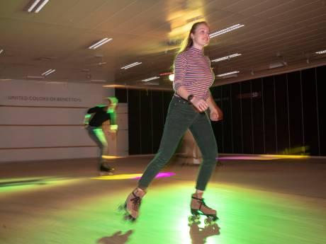 De V&D in Veenendaal staat leeg, maar nu mag je er nostalgisch skaten