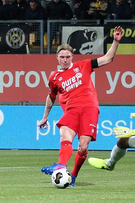 FC Twente wint na 3-0 zege bij Roda JC weer eens uitduel op vrijdag
