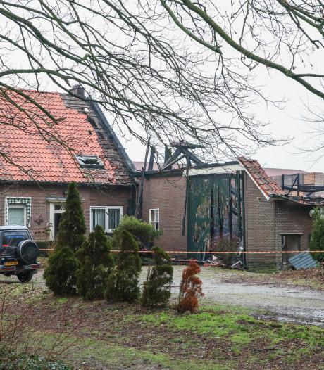 Familie uit Luttelgeest keert terug op erf na verwoestende brand