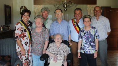Oudste inwoner Sint-Laureins morgen jarig: Elza D'Huyvetter wordt 103 jaar