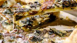 Hmm! Loïc maakt een bladerdeegtaart met paddenstoelen