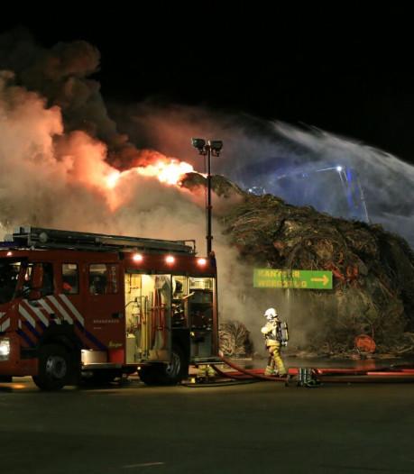 Brand bij metaalhandel in Raalte onder controle