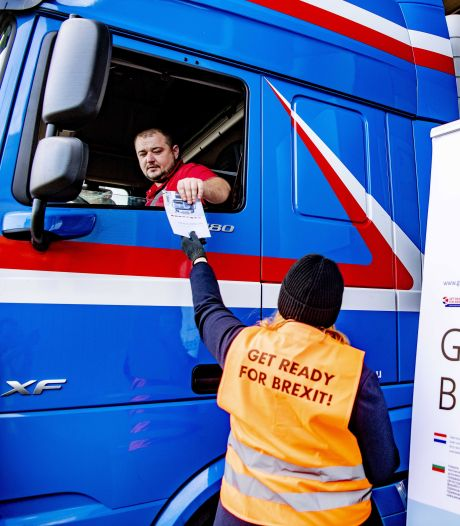 Recorddrukte op de veerboten van Rotterdam naar Engeland: 'De Brexit gaat nu echt door'