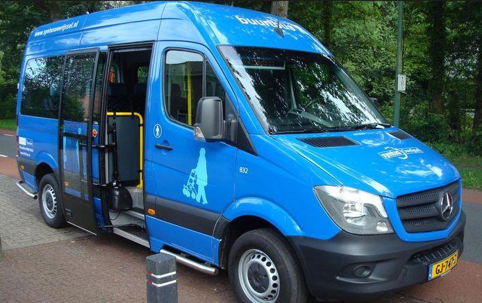Zoals er ook al een rijdt tussen Heeten en Deventer, zou ook een buurtbus van Lemelerveld en Luttenberg naar Raalte moeten rijden.