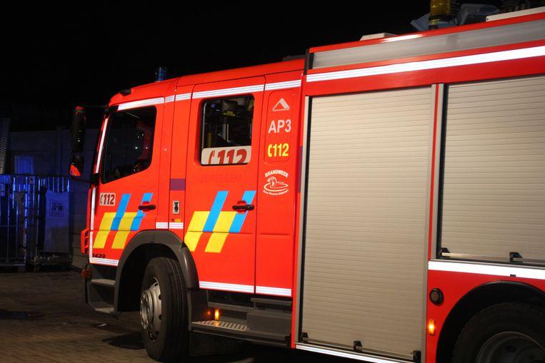 Brandweerpost Sint-Lievens-Houtem werd als snelste korps opgeroepen.