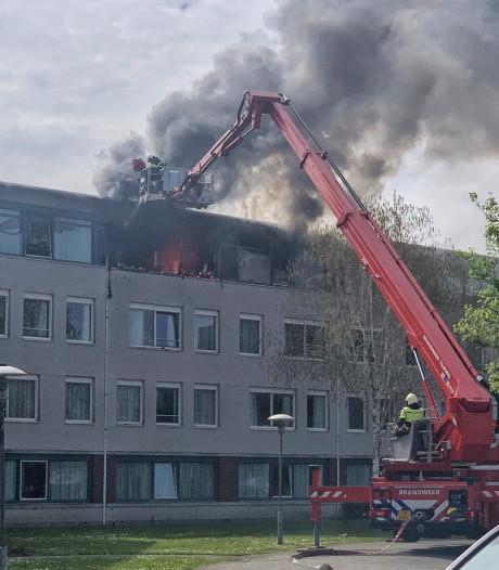 Grote brand in Tilburgs woonzorgcentrum: drie gewonden naar het ziekenhuis