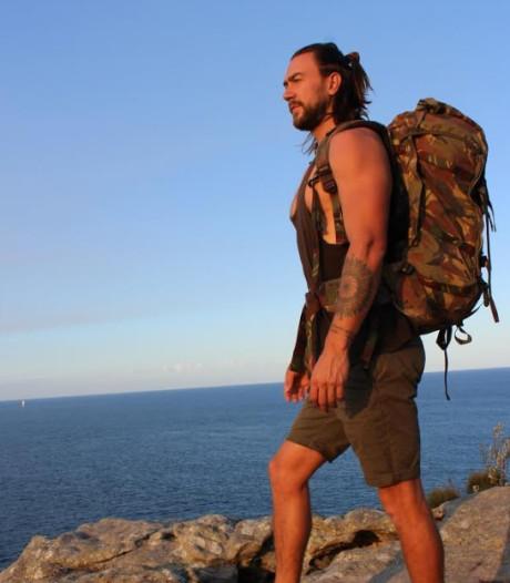 Anton Nootenboom uit Goes op blote voeten Mount Everest op