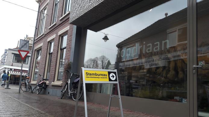 Bijzonder stembureau: in het museum met het jeugdwerk van Piet Mondriaan.