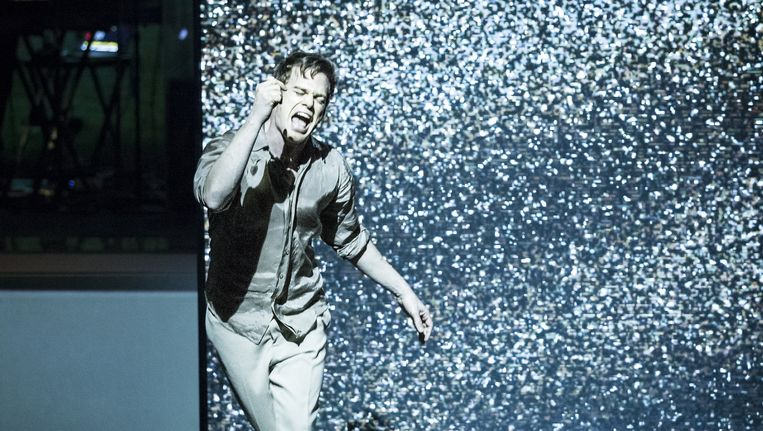 Bowie-vertolker in Lazarus. Beeld Jan Versweyveld