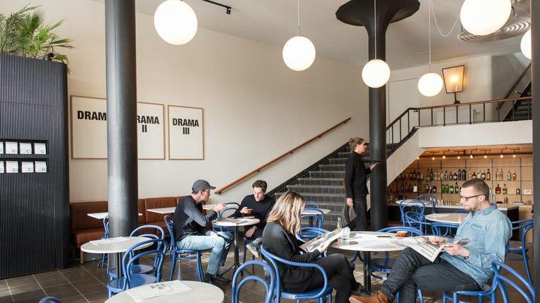NewWerktheater valt in de prijzen voor hun koffie. Beeld Marijke Stroucken