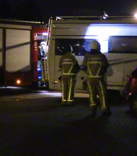 Politie doet onderzoek naar mogelijke brandstichting in Enschede