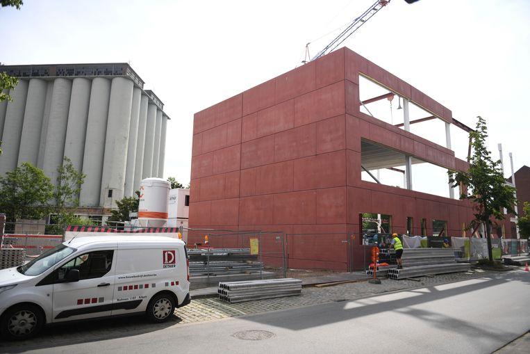 Ondanks de instorting van een deel van de ruwbouw kan school Stroom wellicht toch open op 1 september.