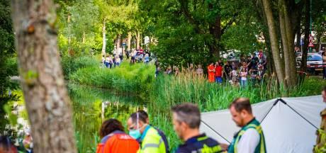 Auto te water in Nuenen: vrouw overleden, man zwaargewond