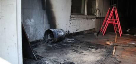 Politie sluit brandstichting niet uit bij schoolbrand in Giethoorn