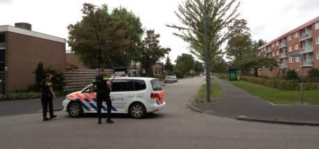 Politie zoekt in Ede naar man die mogelijk vuurwapen heeft