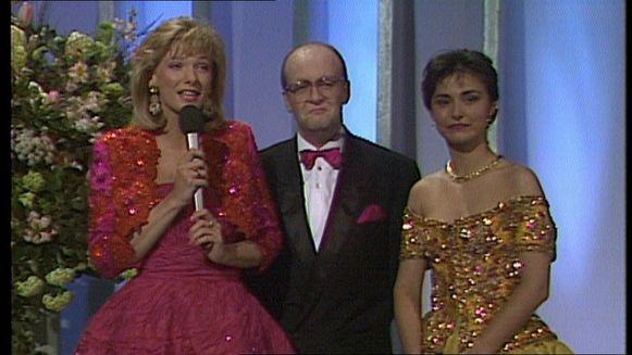 Lynn Wesenbeek, Mike Verdrengh en Marlène de Wouters op het openingsgala van VTM.