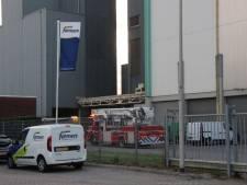 Brandweer rukt uit voor brand bij For Farmers in Deventer