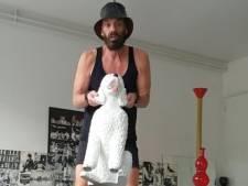 Fit blijven tijdens de coronaquarantaine met Ted Langenbach: 'Hup, til die namaakhond op!'