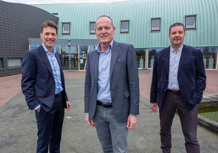 Het nieuwe college van Veere, vlnr Pieter Wisse (CDA), Chris Maas (PvdA/GL) en Adri Roelse (DTV)