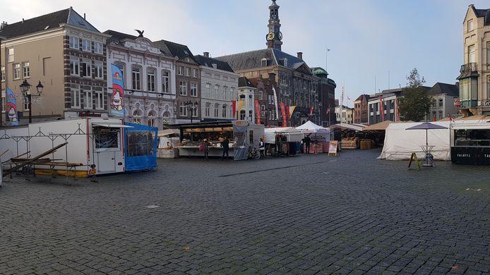 Een deel van de woensdagmarkt in Den Bosch komt straks aan de kant van het stadhuis, de Ridder- en de Kolperstraat.