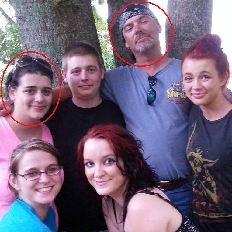 Jay Maynor en zijn gezin, onder meer dochter Julia. Zij gaf haar anonimiteit als slachtoffer op na de uitspraak die haar vader veroordeelde tot 40 jaar cel.