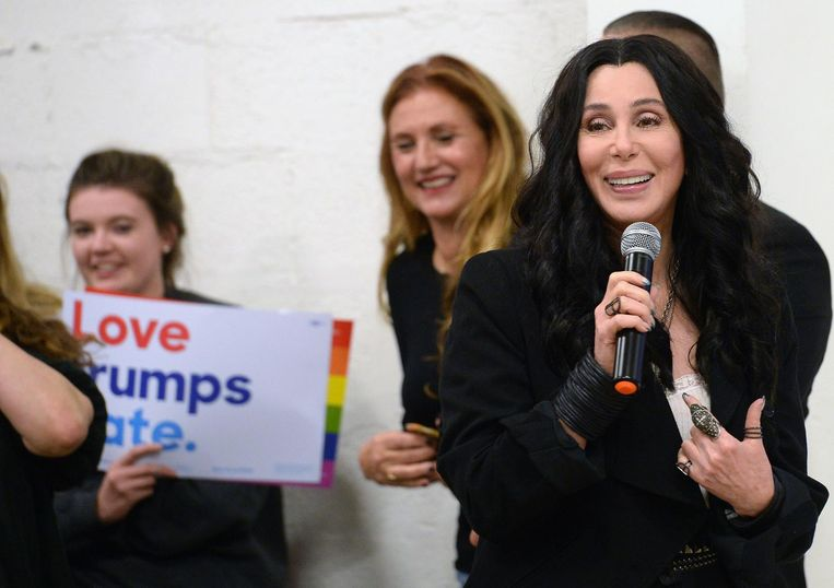 Cher moet op zoek naar ticket naar Jupiter. Beeld AFP