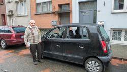 """Dj Mon (82) zit zonder wagen na aanslag met handgranaten: """"Die gangsters geven niks om mijn auto"""""""