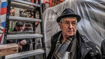 """Aalsterse jood bezoekt carnavalshallen: """"Die haakneuzen en pijpenkrullen zouden ze beter verbranden"""""""
