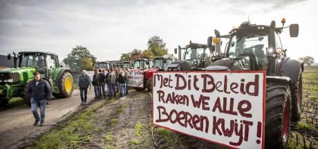 700 trekkers op weg naar boerenprotest bij provinciehuis in Zwolle