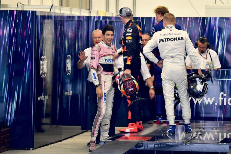 Max Verstappen roept Esteban Ocon ter verantwoording, Sao Paulo, 11 november. Beeld Zumapress / HH