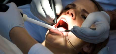 'Spotgoedkoop aspirientje kan wapen zijn tegen tandbederf'