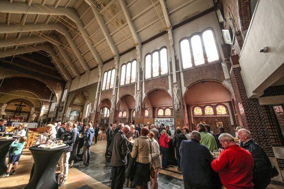 Vrijdagnamiddag vond in de kerk de officiële opening van de voortaan toegankelijke kerktoren plaats