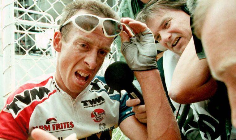 Bart Voskamp komt op adem in de tour van 1997. Beeld anp