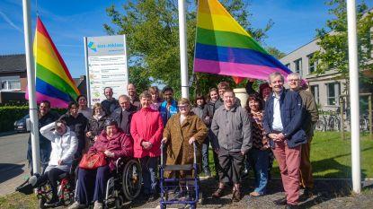 Stad hijst regenboogvlaggen voor Internationale Dag tegen Homofobie en Transfobie
