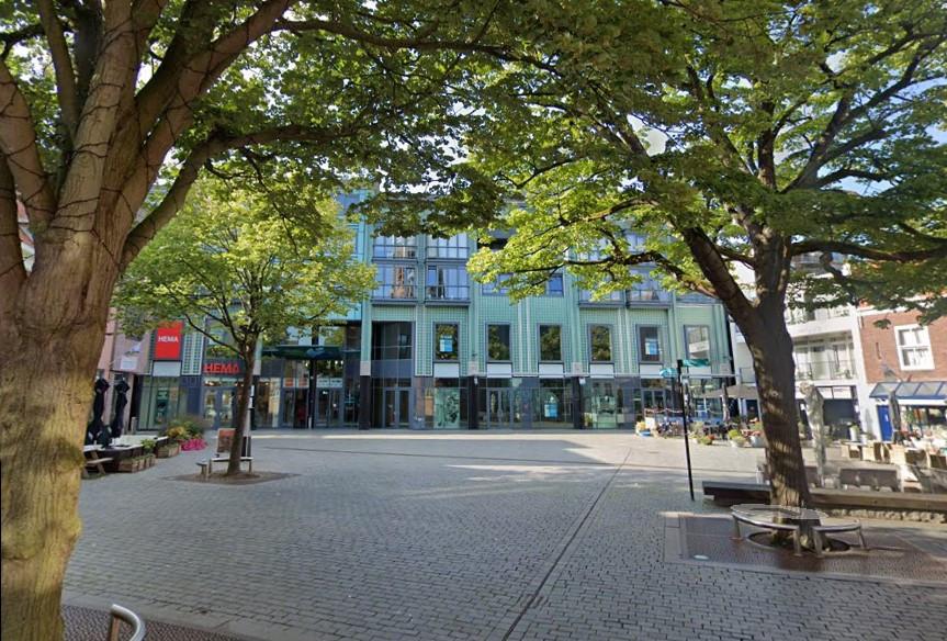 De Fonteyne domineert met de vele leegstand de Oude Markt in Vlissingen.