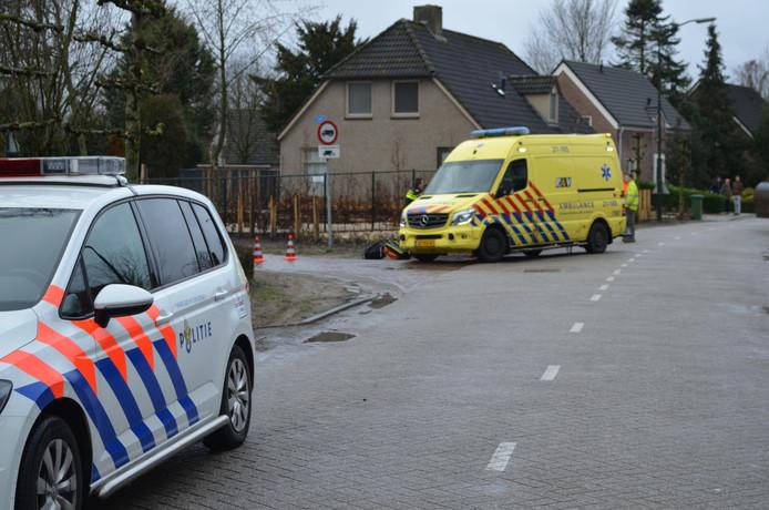Man gewond na botsing op boom in Liempde.