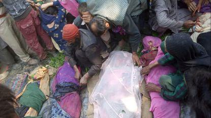 Minstens 35 doden waaronder pasgeboren baby bij busongeval in Indiaas Kasjmir