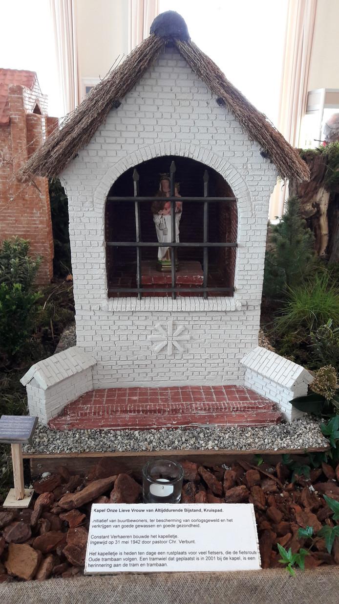 Het model dat Frans Mathijssen maakte van de kapel van de Onze Lieve Vrouwe van Altijddurende Bijstand aan het Kruispad