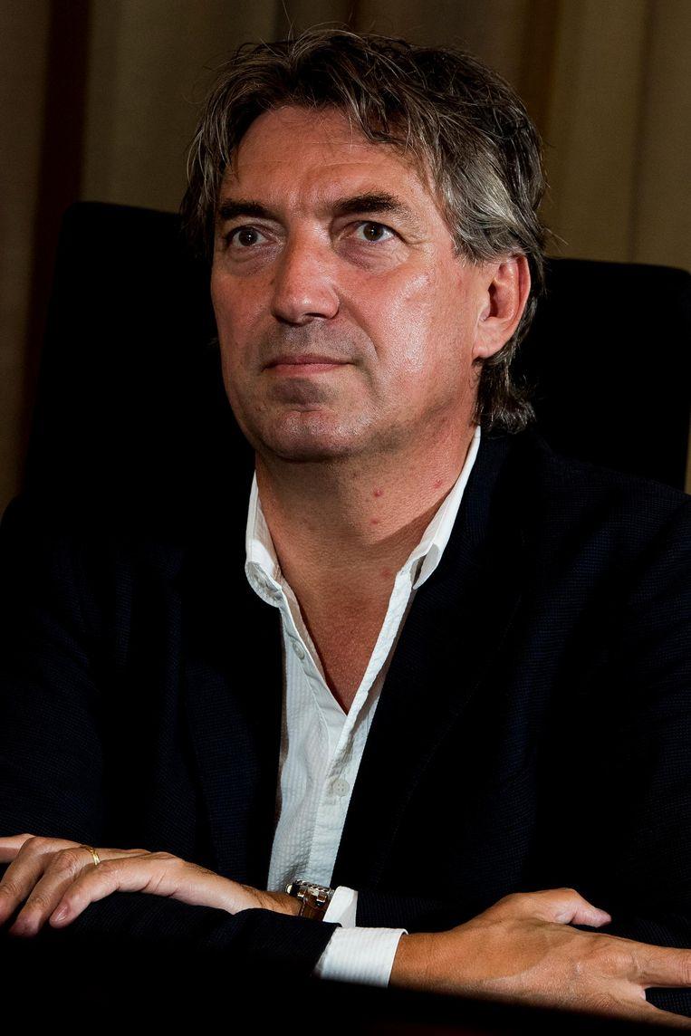 Burgemeester van Lommel Peter Vanvelthoven.