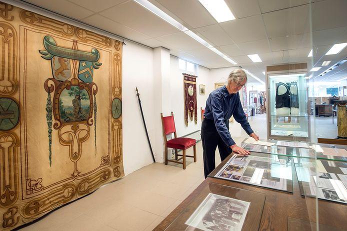 ZUNDERT, Pix4Profs-Ron Magielse museum de Weeghreyse is verhuisd van Rijsbergen naar Markt 23 in Zundert. Pieter van Nes in het corona-proof museum dat geheel nieuw is ingericht.