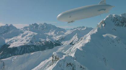 VIDEO. Drie vrienden gaan skiën en springen uit... een zeppelin