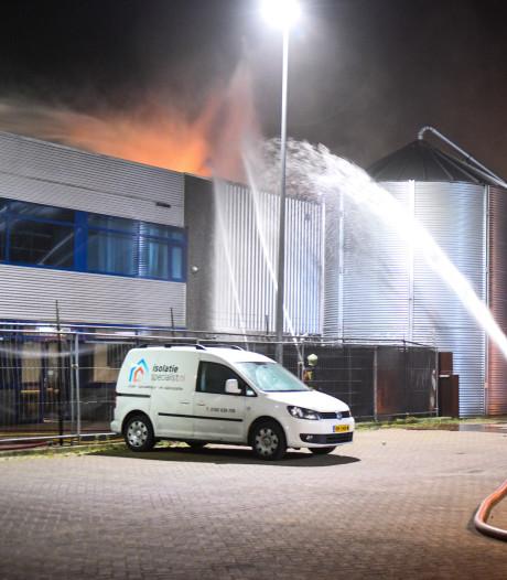Grote brand bij Holabouw Moerkapelle