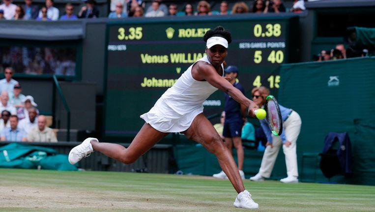 Venus Williams neemt het in de finale van Wimbledon op tegen Garbiñe Muguruza Beeld afp