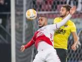FC Utrecht steelt zege op AZ na eigen doelpunt Van Rhijn