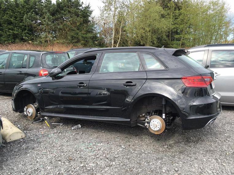 Van de nieuwe Audi A3 S-Line verdwenen niet alleen de vier wielen, maar ook het stuur.
