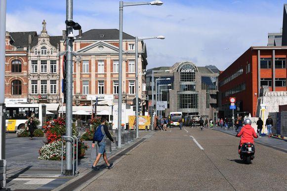 Ook aan het Martelarenplein in Leuven hangt een ANPR-camera. Die camera heeft het druk en stelt nog steeds veel overtredingen vast.